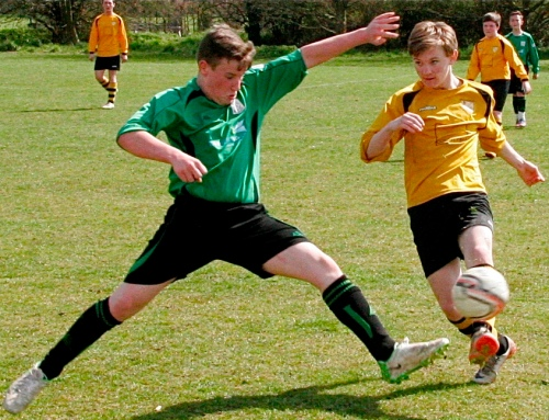 One of our most impressive players on the day Tyler puts in a tackle