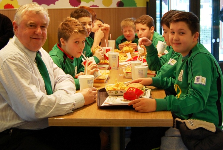 5.1.2013 Feeding time at McDonalds!
