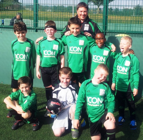 Rob and Under 11s who quite superb at Rainham yesterday ... go to the BG Valiants Page for manager's report