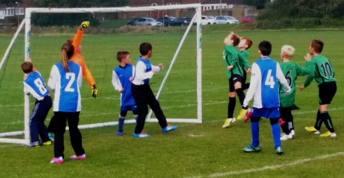 Attacking throughout ther game on Saturday, the U10s are going from strength to strength