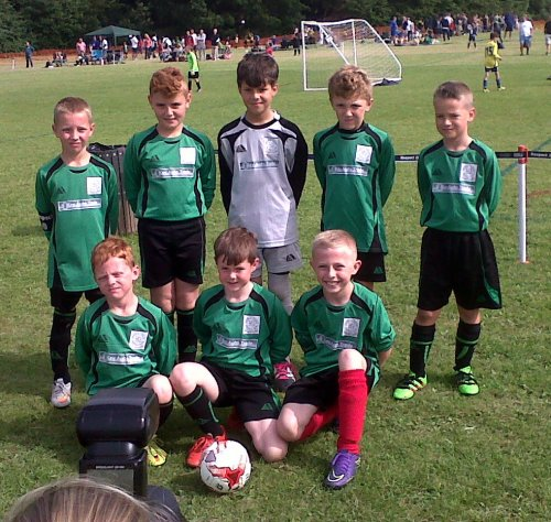 Bromley Green U9s ready for action at Vinters