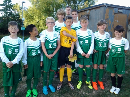 Charlie and the U13s ready for the off in their new kit sponsored by Caffyns