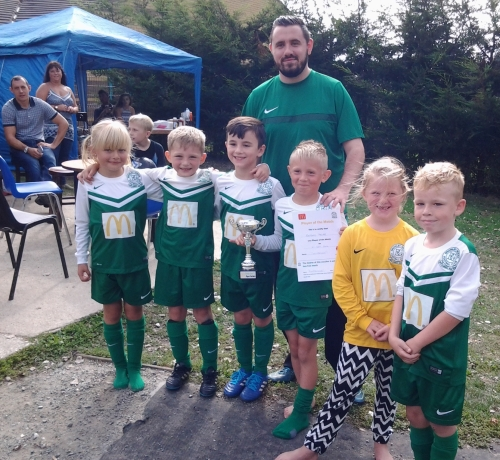 James and the U8s ... well done Bradley who is our McDonalds PoM