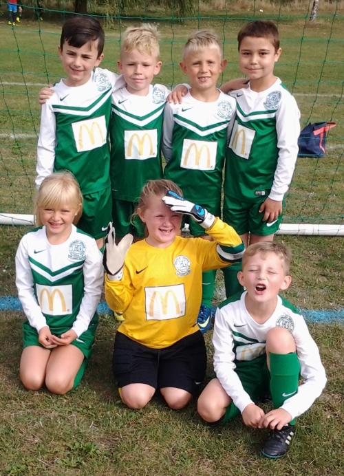 The smiling U8s ... meet in the clubhosue 9.15am this Saturday