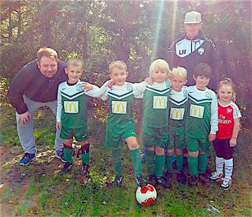 Martyn Smith and Luke Walder with the U8 Colts who did well in their friendly with the U8s
